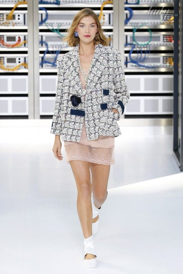Коллекция Chanel прет-а-порте сезона весна-лето 2017_4