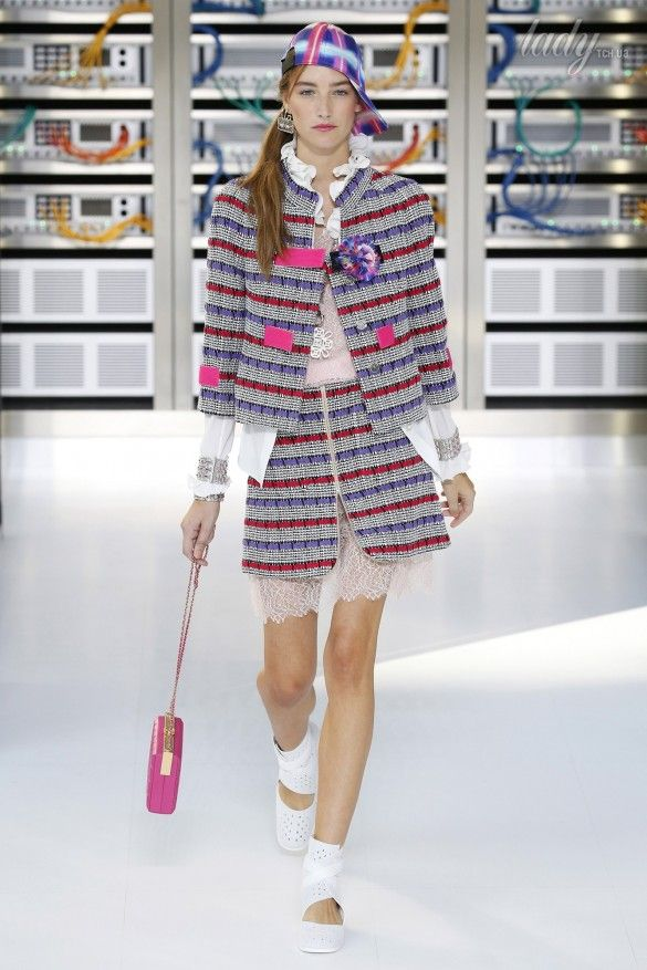 Коллекция Chanel прет-а-порте сезона весна-лето 2017_13