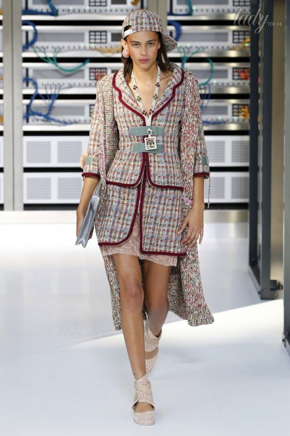 Коллекция Chanel прет-а-порте сезона весна-лето 2017_12