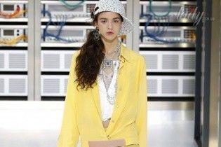 Спортивно-молодежная коллекция Chanel  сезона весна-лето 2017