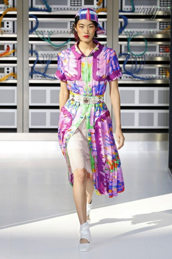 Коллекция Chanel прет-а-порте сезона весна-лето 2017_38
