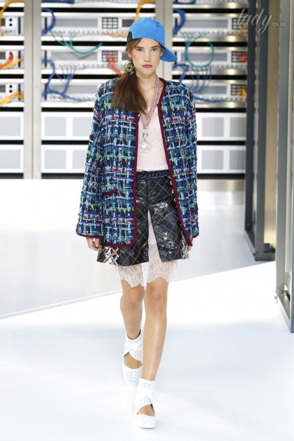 Коллекция Chanel прет-а-порте сезона весна-лето 2017_35