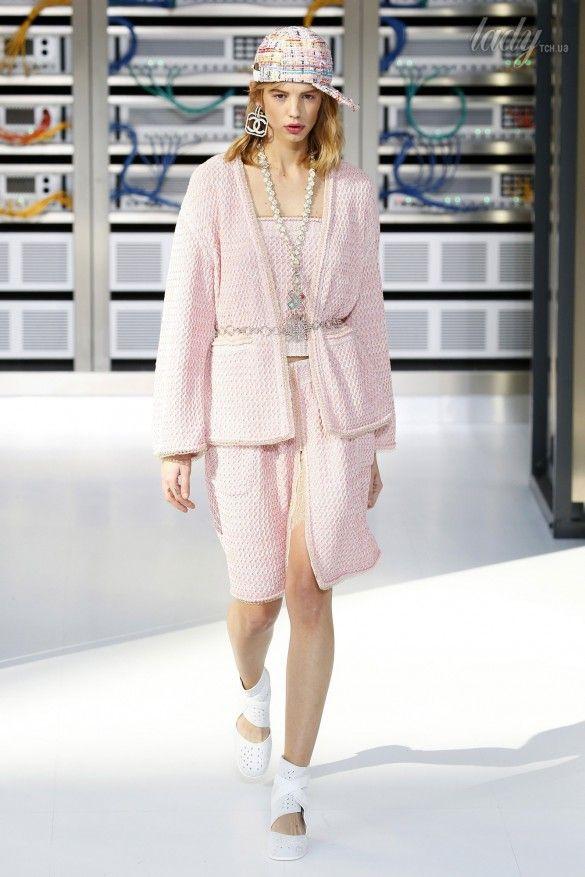 Коллекция Chanel прет-а-порте сезона весна-лето 2017_76