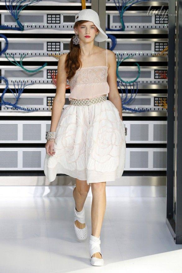 Коллекция Chanel прет-а-порте сезона весна-лето 2017_85