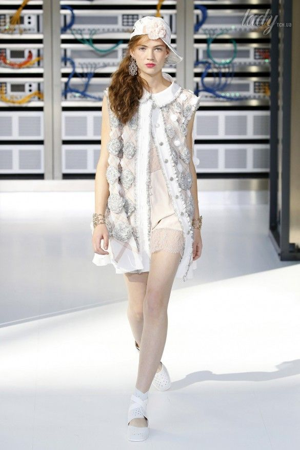 Коллекция Chanel прет-а-порте сезона весна-лето 2017_83