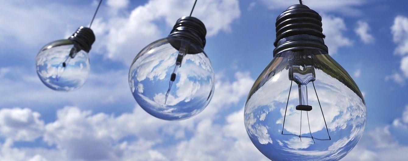 Країни Балтії відмовилися від електроенергії Росії та Білорусі