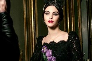 В стиле барокко: новогодний макияж от Dolce & Gabbana