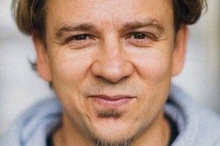 """Мама казала не брехати"": новогоднее видеопоздравление от солиста ТНМК Фоззи"