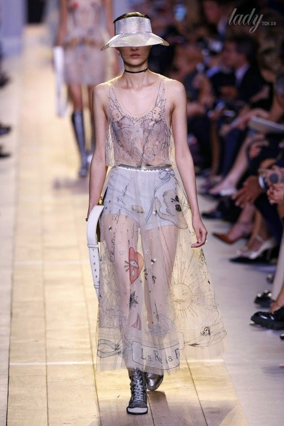 Коллекция Christian Dior прет-а-порте сезона весна-лето 2017_56