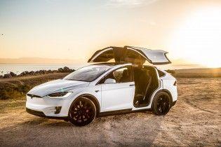 Tesla Model X встановив світовий рекорд