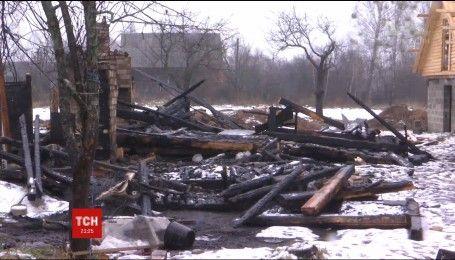 Трагедия на Ровенщине: 2 детей сгорели в доме
