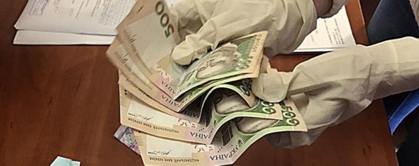 """На Львівщині """"накрили"""" конвертаційний центр із обігом понад 100 млн грн"""