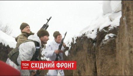 Боевики из большого калибра обстреливают позиции украинских военных