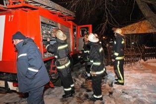 В Днепре произошел масштабный пожар: сгорел цех по производству полиэтилена