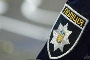 На Херсонщине автомобиль наехал на полицейского и скрылся с места ДТП