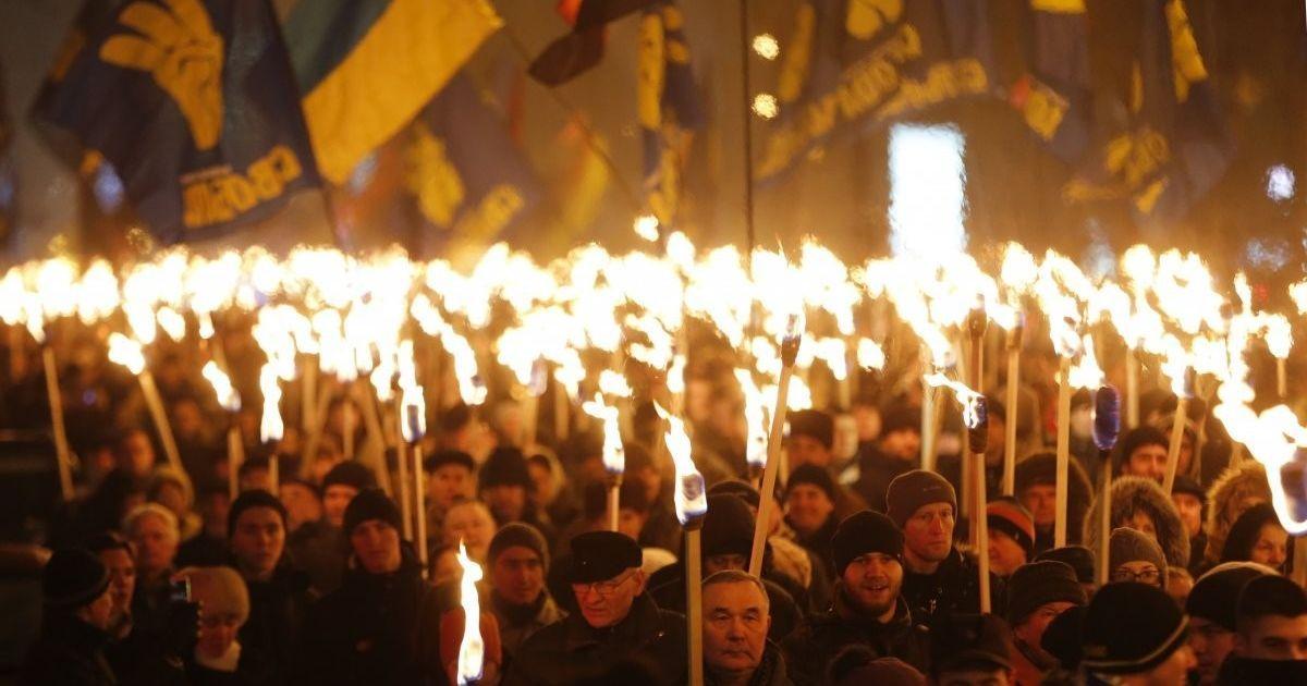 У Львові смолоскипним маршем ушанували Романа Шухевича