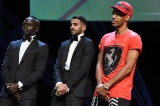 """Нападник """"Боруссії"""" прийшов у спортивках на церемонію вручення премії найкращому гравцю Африки"""