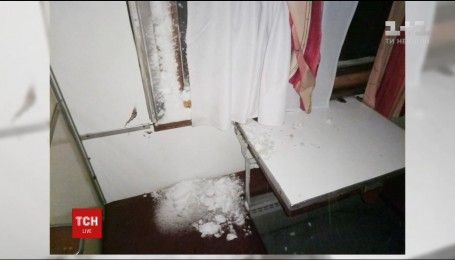 До Одеси рушає комісія Укрзалізниці, аби розібратися зі снігом у вагонах