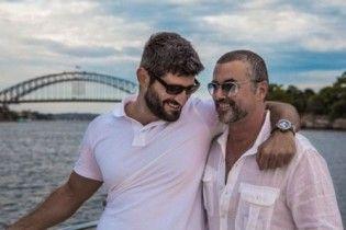 Джордж Майкл пытался разорвать отношения с бойфрендом перед смертью – СМИ