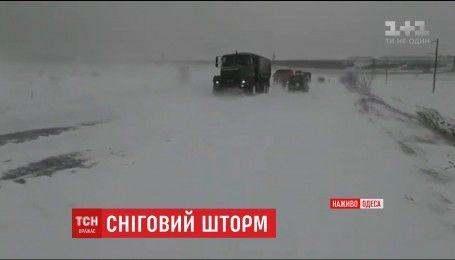 На Одещині подовжили заборону руху транспорту дорогами
