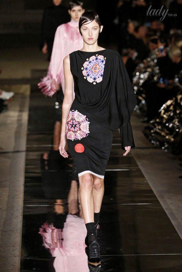 Коллекция Givenchy прет-а-порте сезона весна-лето 2017_45