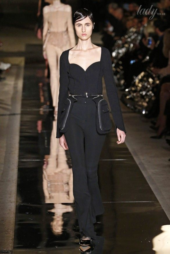 Коллекция Givenchy прет-а-порте сезона весна-лето 2017_49