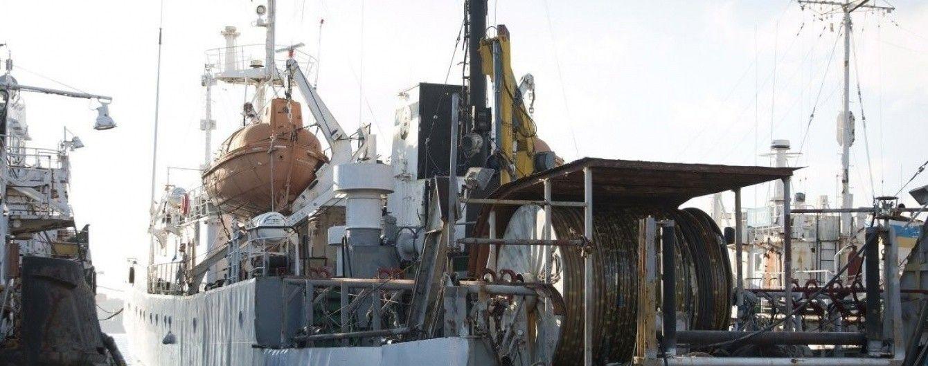 В Азовском море пограничники РФ задержали украинских рыбаков