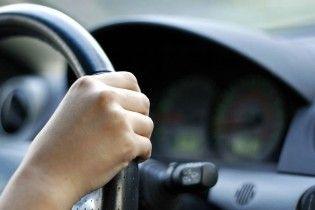 В Черновцах пьяный водитель вез с собой мочу для подмены анализа на опьянение