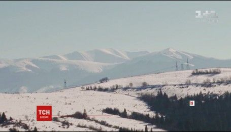 На Закарпатье 12 сел двое суток подряд остаются без электричества из-за непогоды