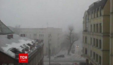 Киев внезапно накрыла сильная метель
