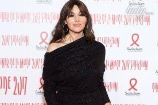 Как всегда, роскошна: Моника Беллуччи предстала в элегантном образе на красной дорожке