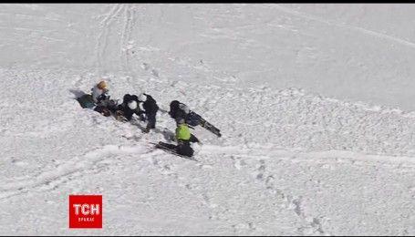 Трое туристов чудом спаслись после схождения лавины в Калифорнии