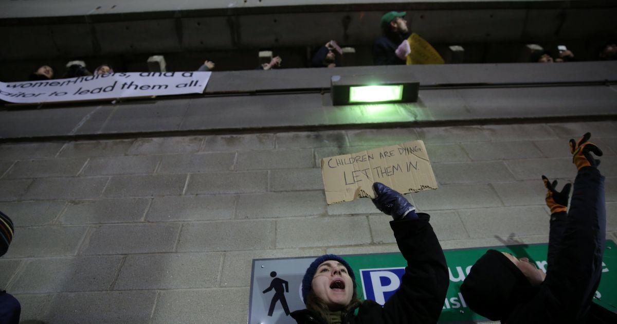 Протестующие в Нью-Йорке
