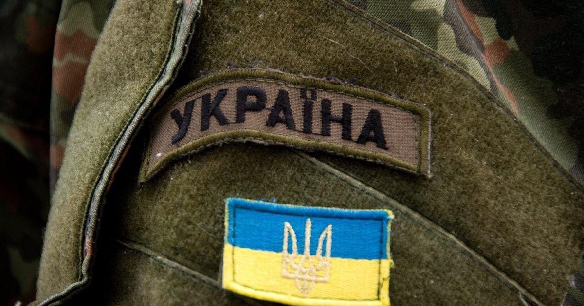 На Донбасі внаслідок обстрілів з боку бойовиків загинув український військовий