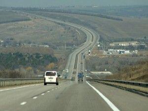 В Украине предлагают сузить крайние левые полосы на дорогах