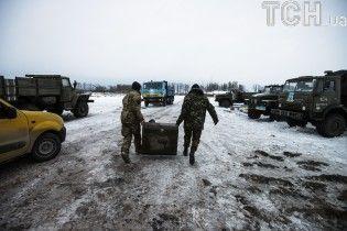 Ситуація на Донбасі: бойовики обстрілюють українські позиції з мінометів, є поранені