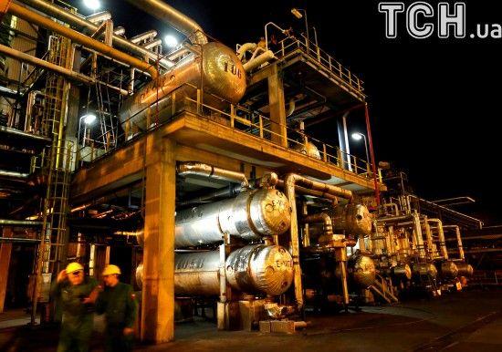 Ціни на нафту впали до піврічного мінімуму
