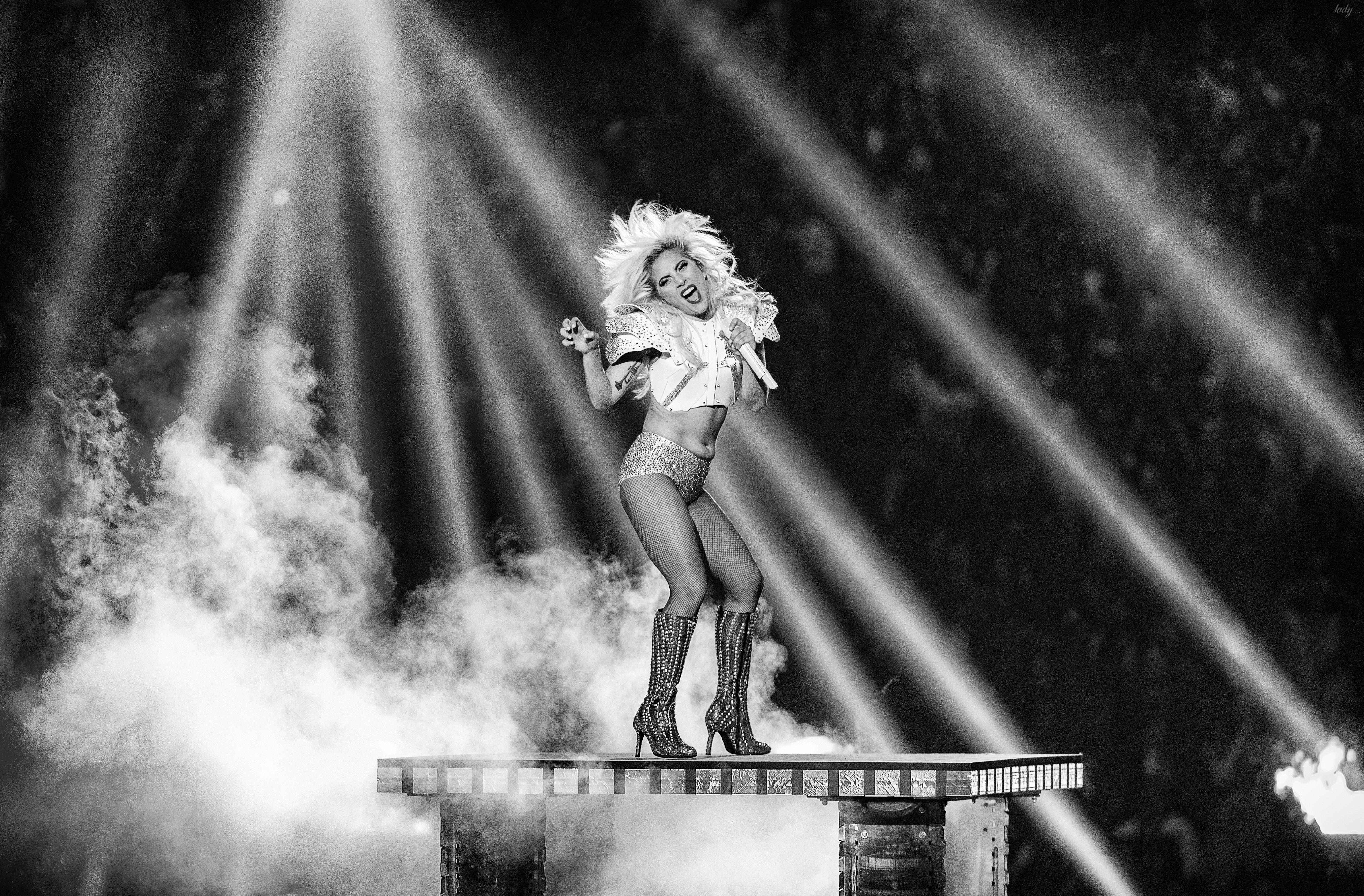 Леді Гага на Супербоул-2017_1