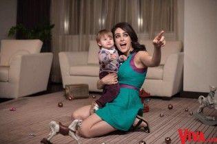 Маша Собко разом з чоловіком показали підрослу донечку у родинній фотосесії