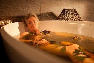 Немецкие ученые выяснили, как теплая ванна помогает побороть депрессию