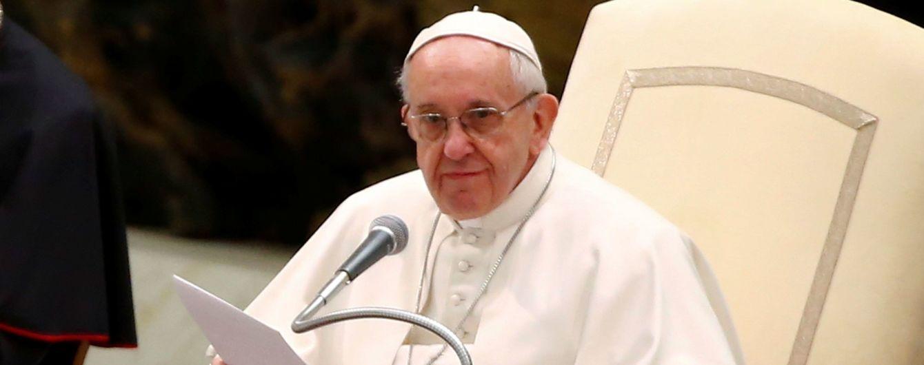 Папа Римський застеріг журналістів, які пишуть фейкові новини