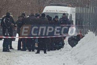 В Киеве неизвестные застрелили мужчину возле бизнес-центра