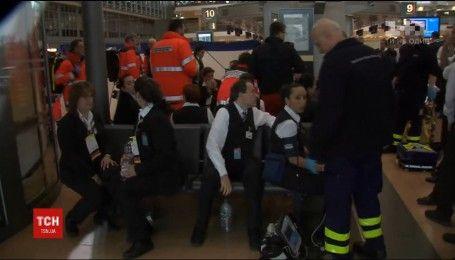 Через сльозогінний газ в аеропорту Гамбурга затримали рейси