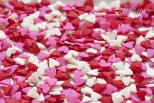 Блюдо ко Дню влюбленных: рецепт блинов в форме сердечек