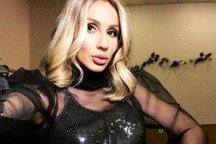 Вид сзади: Светлана Лобода поделилась снимком в откровенном мини
