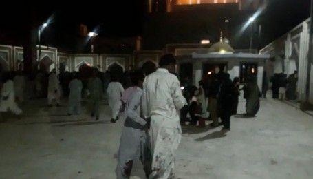 Щонайменше 70 загиблих і 100 поранених: у суфійському мавзолеї пролунав потужний вибух
