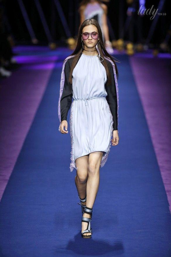 Коллекция Versace прет-а-порте сезона весна-лето 2017_42