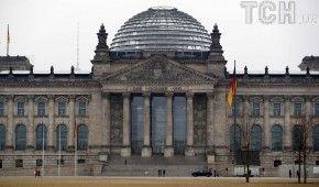 У Бундестазі закликали Меркель вимагати від Путіна звільнення Сенцова
