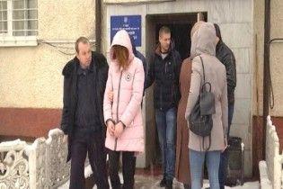 На Закарпатье арестовали детей, которые убили собственную мать