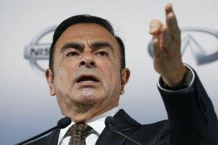 Экс-глава Nissan Гон публично ответил на обвинения во время суда